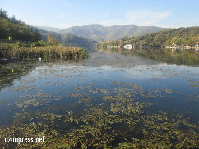 jezero medjuvršje