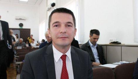 dejan-kovacevic-sns-vladimir-nikitovic