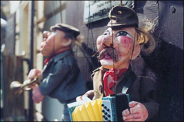 dosta-czech-puppets