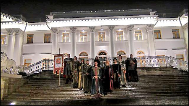 kraljevski-red-vitezova-ispred-dvorca--xx