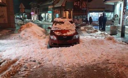 sneg, zgrada, automobil