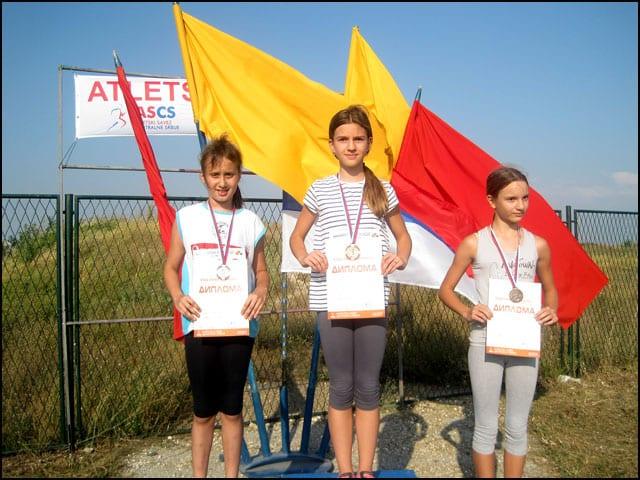 Viktorija Mikić 2 mesto u disciplini bacanje vorteksa