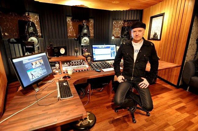 D- studio new - Mika Jussila