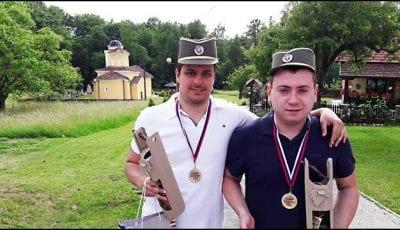 Najbolji-kumovi-Aleksandar-Toth-i-Boban-Bogosavljevic