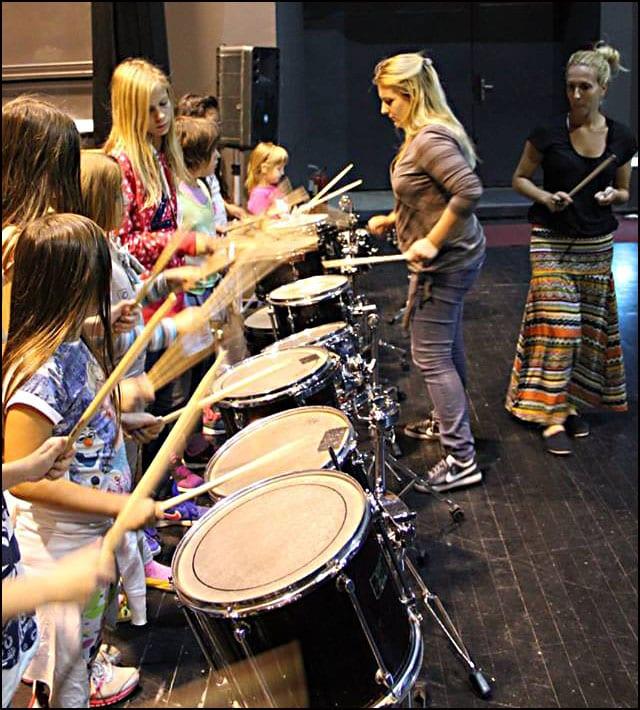 bubnjarske_radionice_za_devojcice_Pancevo_2015_6