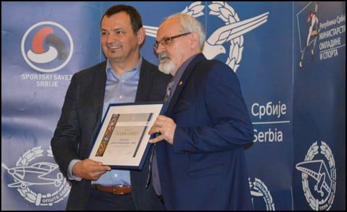 Zahvalnica-gradu-Nišu-i-predsedniku-Opštine-Pantelej-Bratimiru-Vasiljeviću