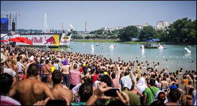 Red-Bull-Flugtag-Beograd-2013-cc-Bogdan-Kosanovic-02